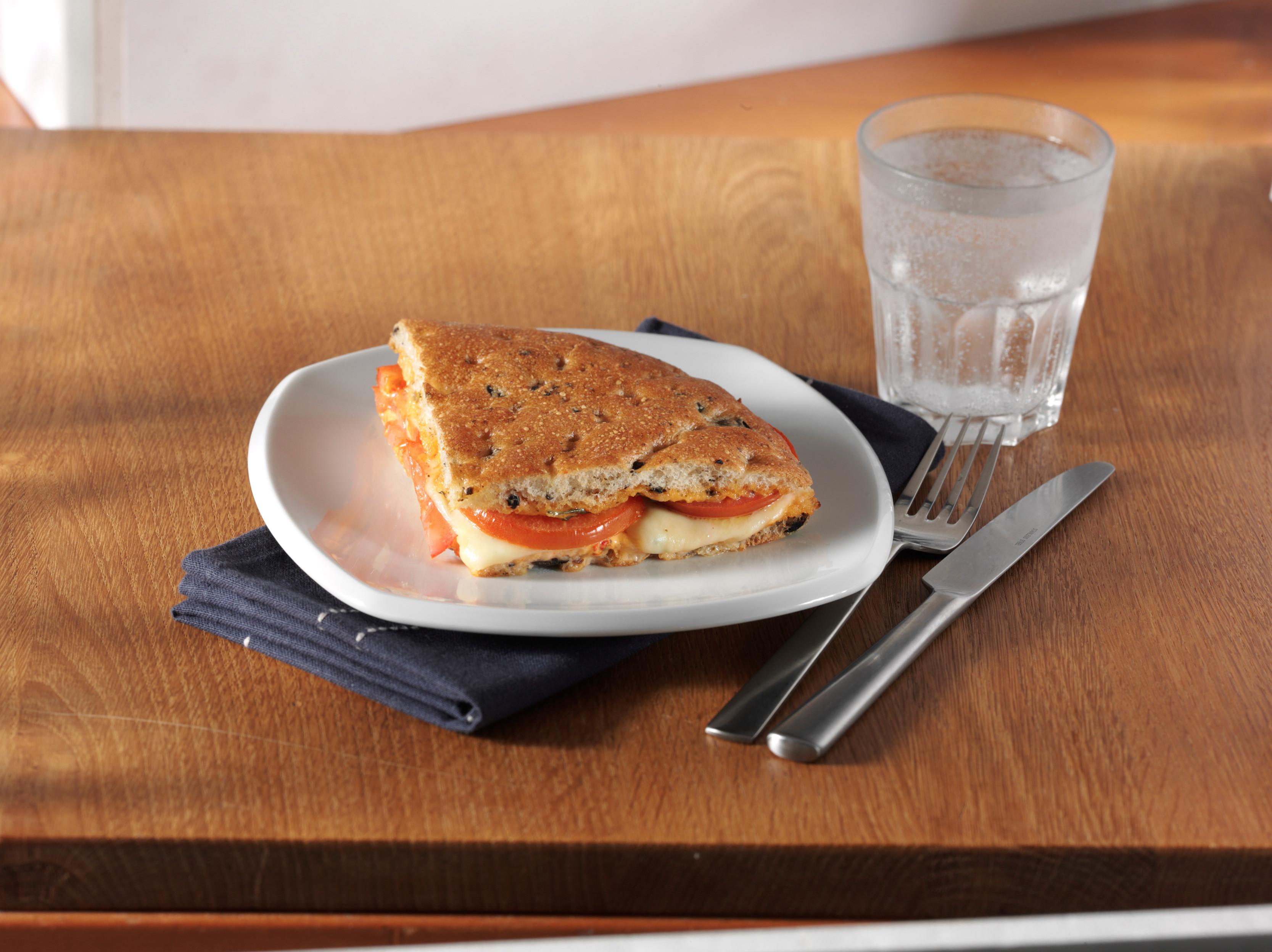 <h5>Foccacia mit Tomate und Mozzarella</h5>